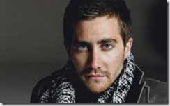 cinemale-jake-gyllenhaal-posing